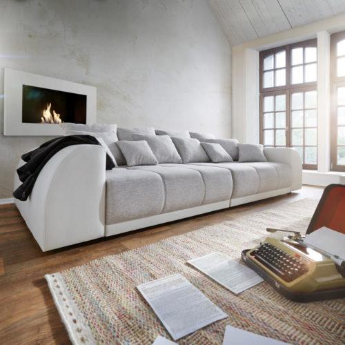 DELIFE Big-Sofa Violetta 310x135 Creme Hellgrau mit 12 Kissen, Big Sofas