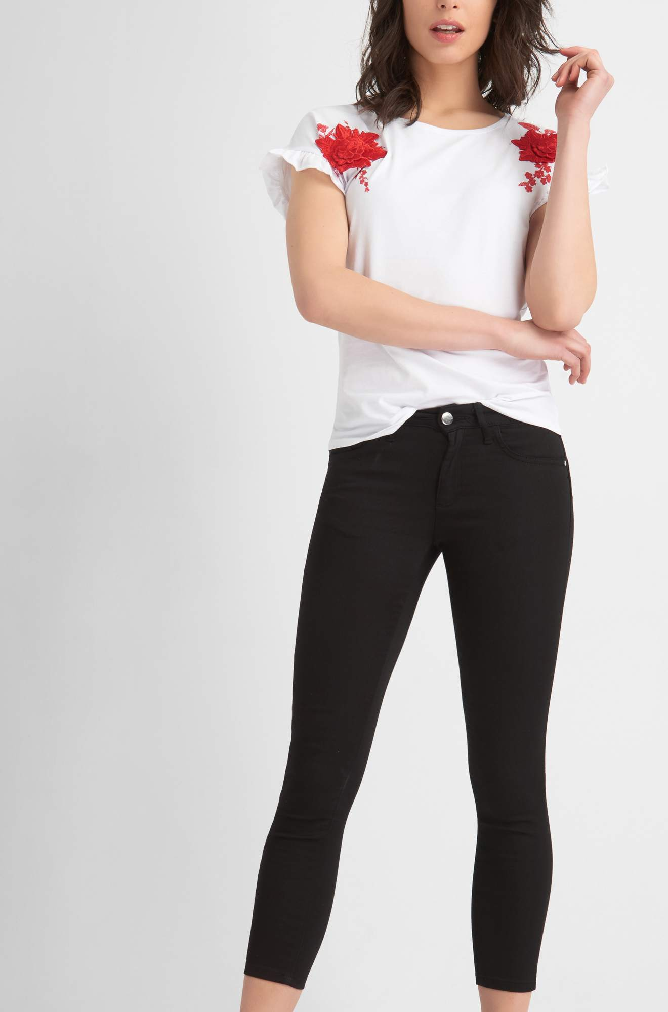 Push-Up Ankle Jeans