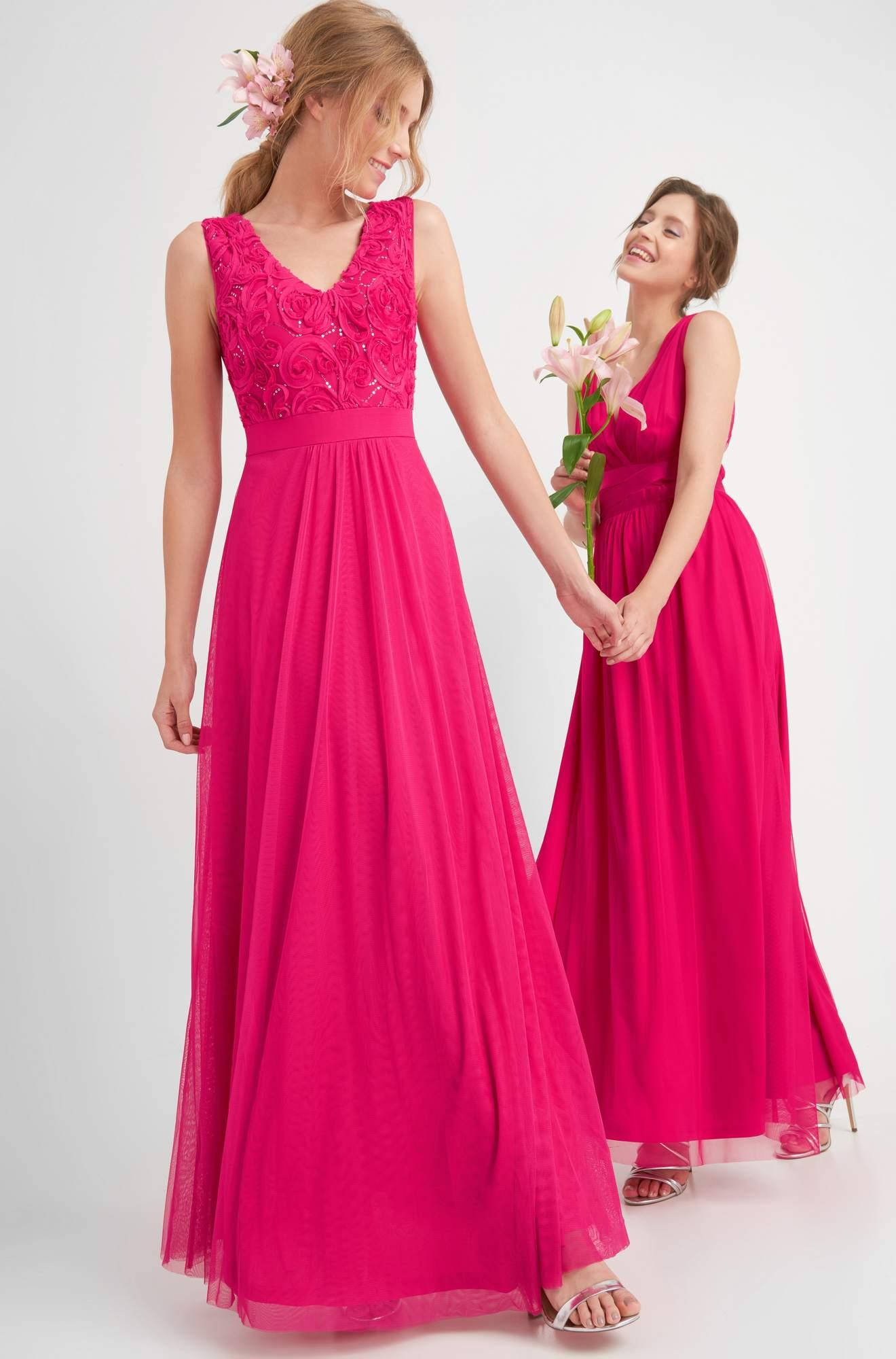 Maxi-Kleid mit Blumenapplikation