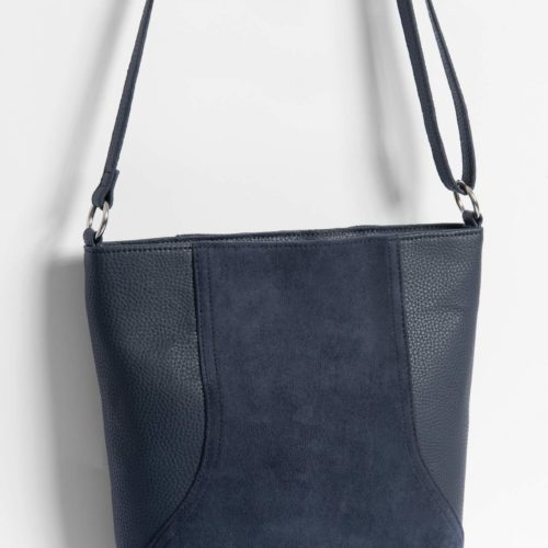 Hobo Bag aus Material-Mix