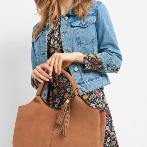 Hobo Bag mit Quaste