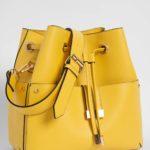 Handtasche in Beutelform