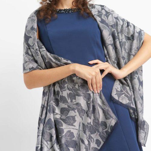 Softer Schal aus Jacquard