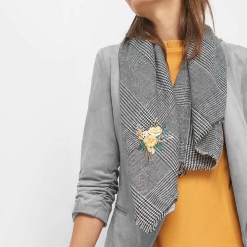 Schal mit Blumen-Stickerei
